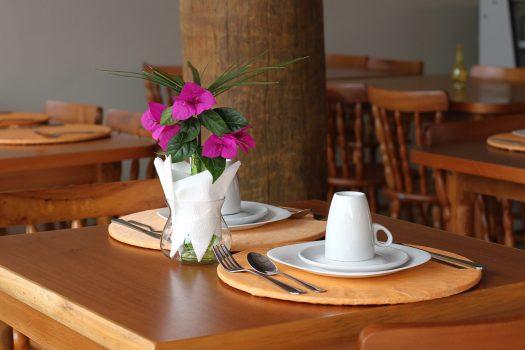 Café da Manhã em Ilhabela Pousada Recanto das Carpas